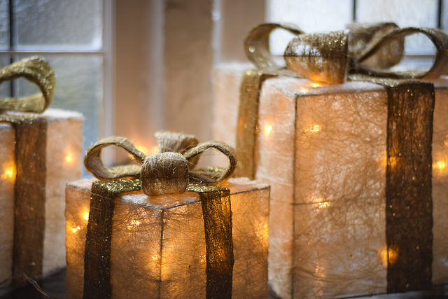 The Zodiac Guide to Buying Christmas Presents